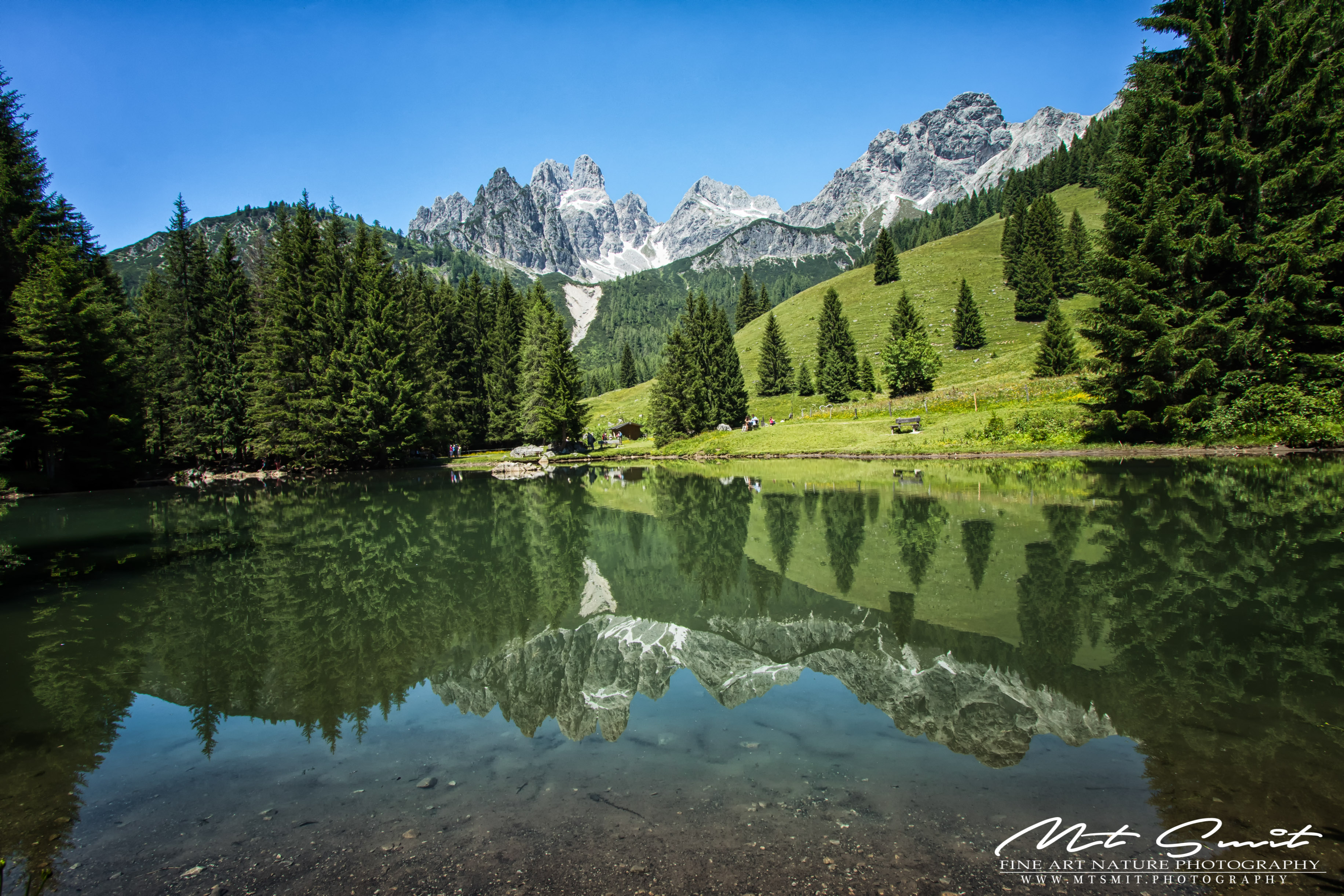 MOUNTAIN_REFLECTIONS
