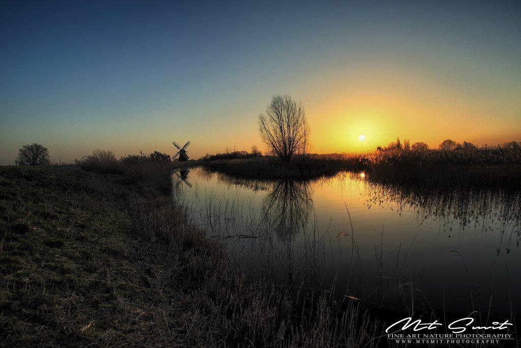Sunrise above Noordermolen